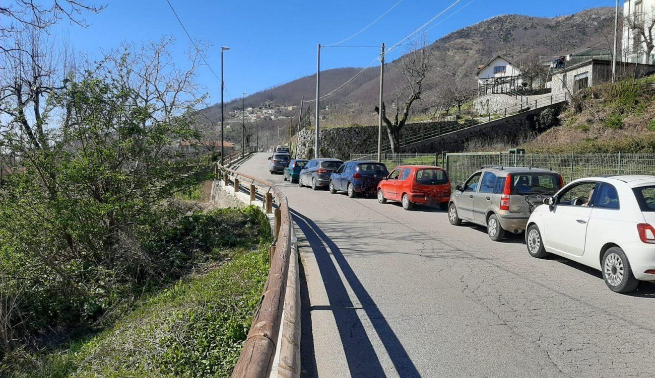 Anche oggi, come ogni giovedì da alcune settimane a questa parte, ad Agerola centinaia di persone si sono sottoposte al tampone grazie al drive-through.